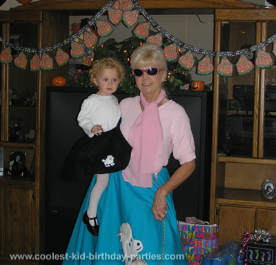 Tina's Halloween - 50s Theme Party Tale