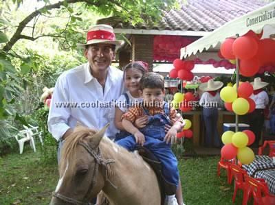 barnyard-birthday-party-1.jpg