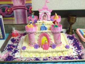 coolest-4th-birthday-party-royal-prince-and-princess-ball-21528532.jpg