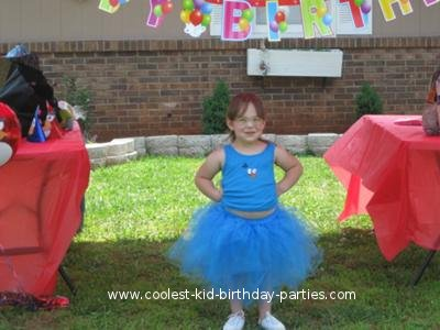 Coolest Angry Birds Party - Four Year Old Fan