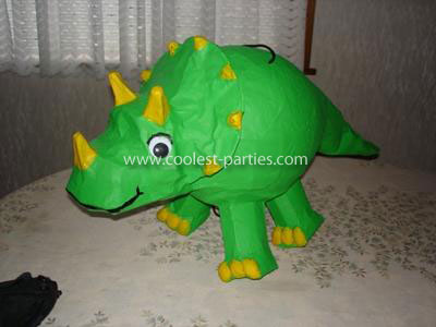 Colleen's Dinosaur Party Tale