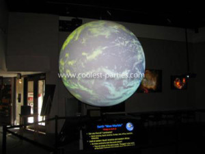 coolest-space-birthday-party-at-the-planetarium-21536437.jpg