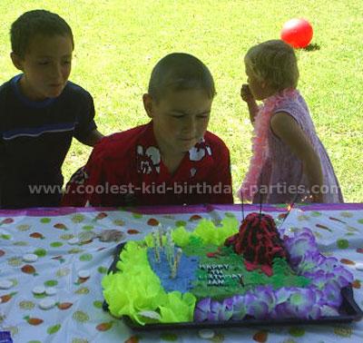 Coolest Hawaiian Luau Party Ideas and Photos